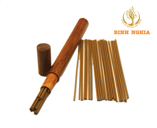 Premium Agarwood Incense Sticks